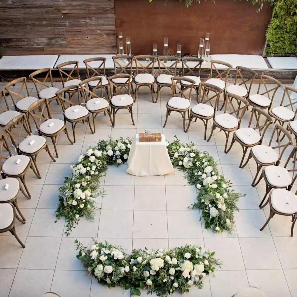 NICOLETTE MOKU PHOTOGRAPHY - circle ceremony seating
